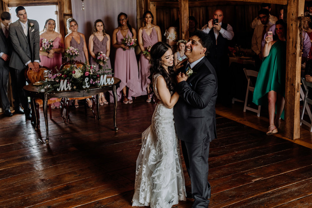 wedding-photo-first-dance-with-dad