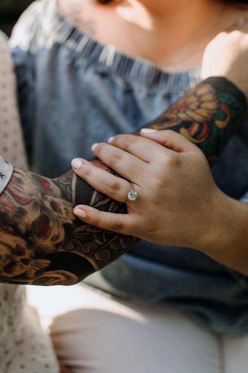 lock-ridge-park-engagement-photographer-ring