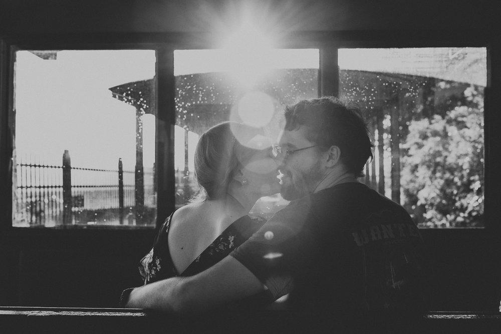 cedar-point-amusement-park-engagement-photography-7