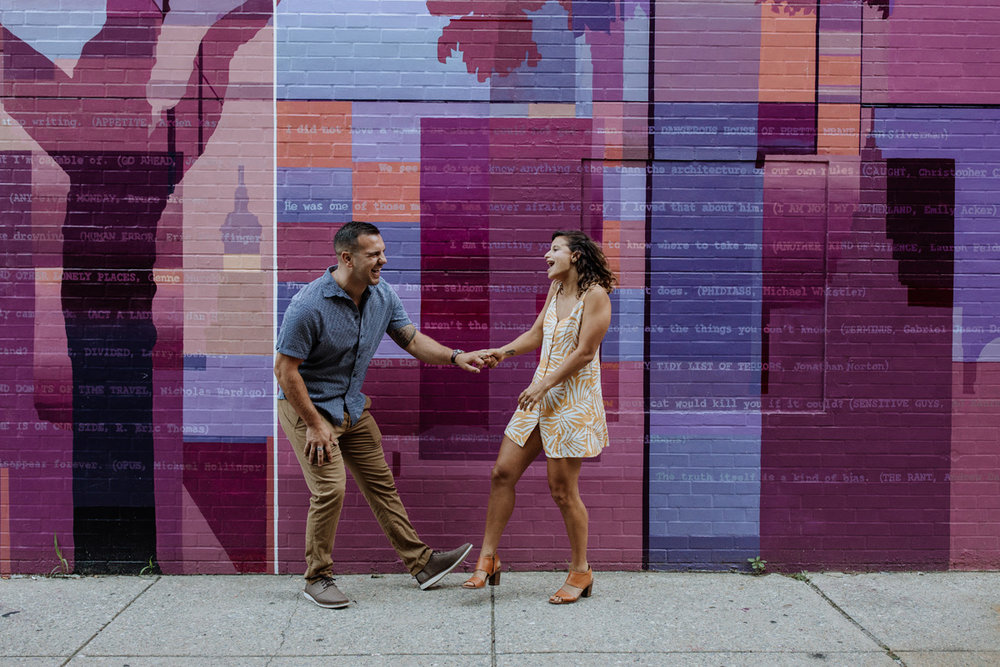 lehigh-valley-photography-philly-murals-engagement