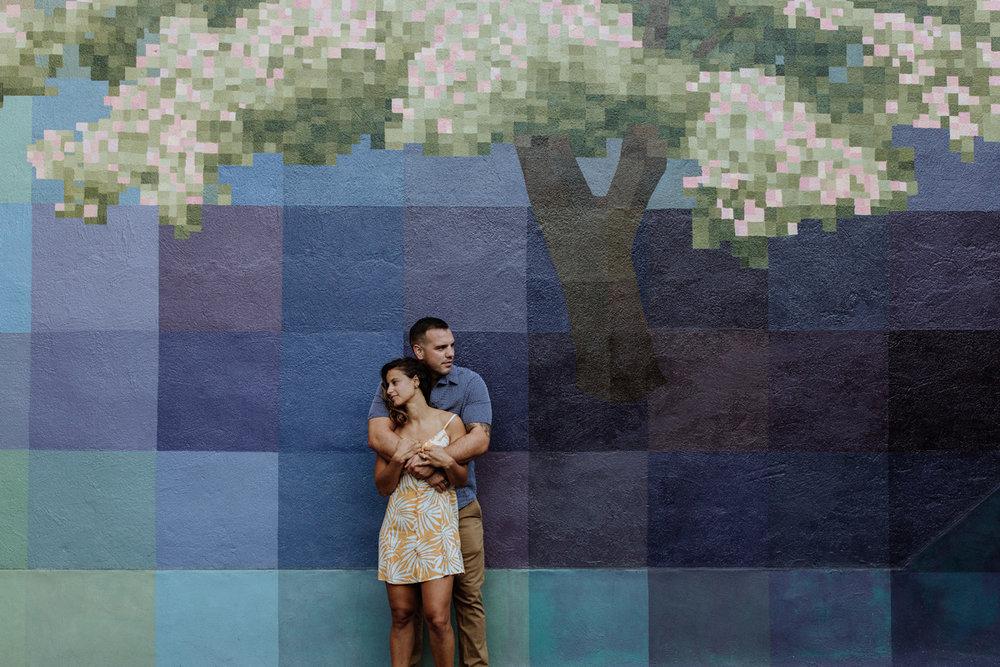 philadelphia-engagement-photography-murals-3