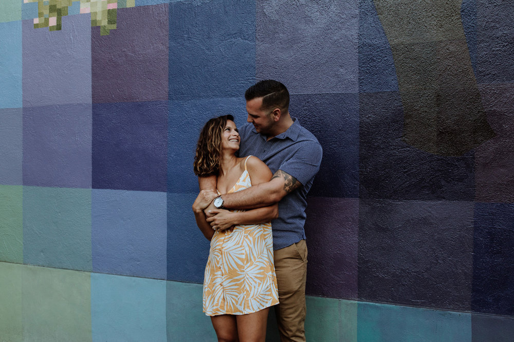 philadelphia-engagement-photography-murals-8