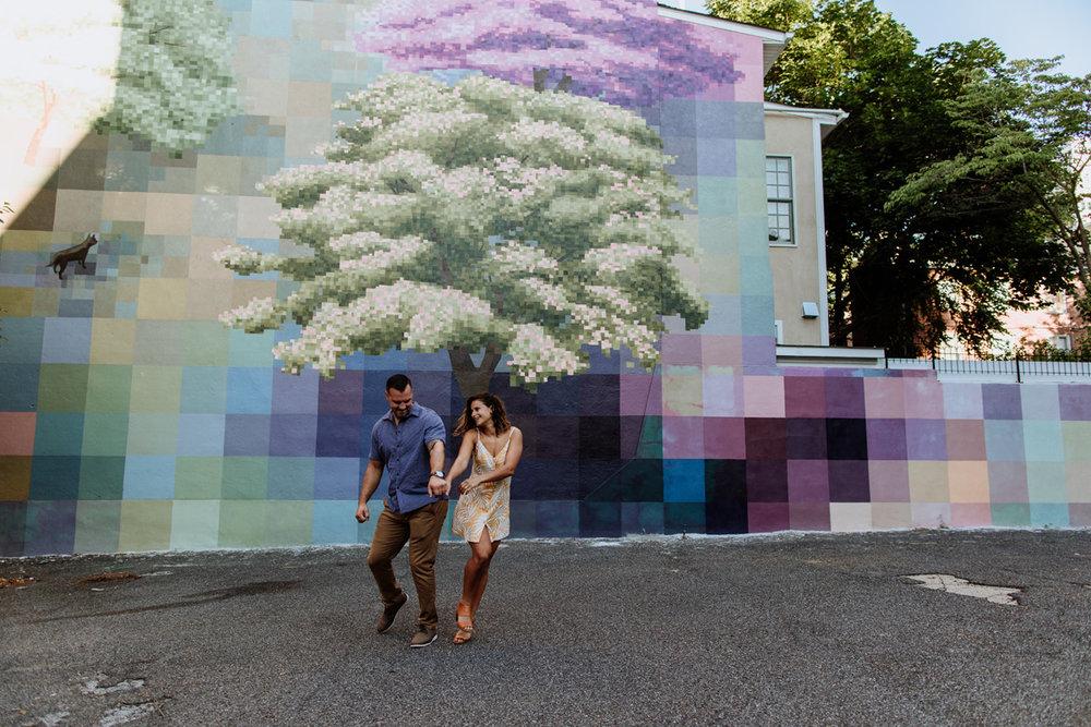 philadelphia-engagement-photography-murals-10