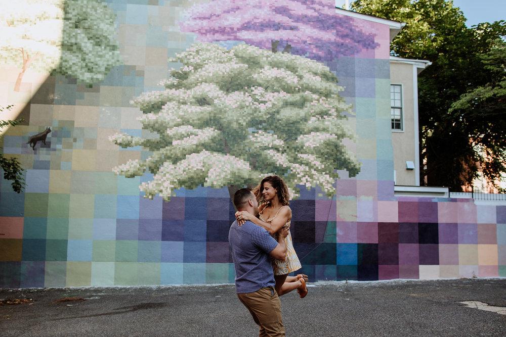 philadelphia-engagement-photography-murals-11