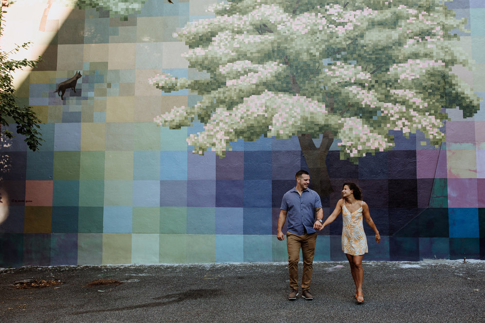 philadelphia-engagement-photography-murals-13