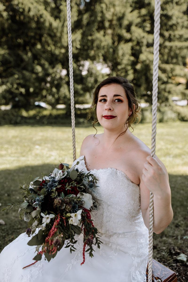 lehigh-valley-wedding-photographers-the-grove-at-kempton-bride-portrait-2