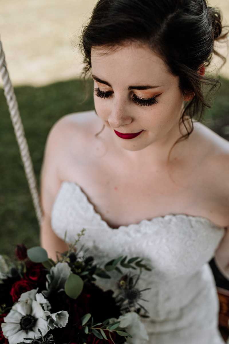 lehigh-valley-wedding-photographers-the-grove-at-kempton-bride-portrait-3