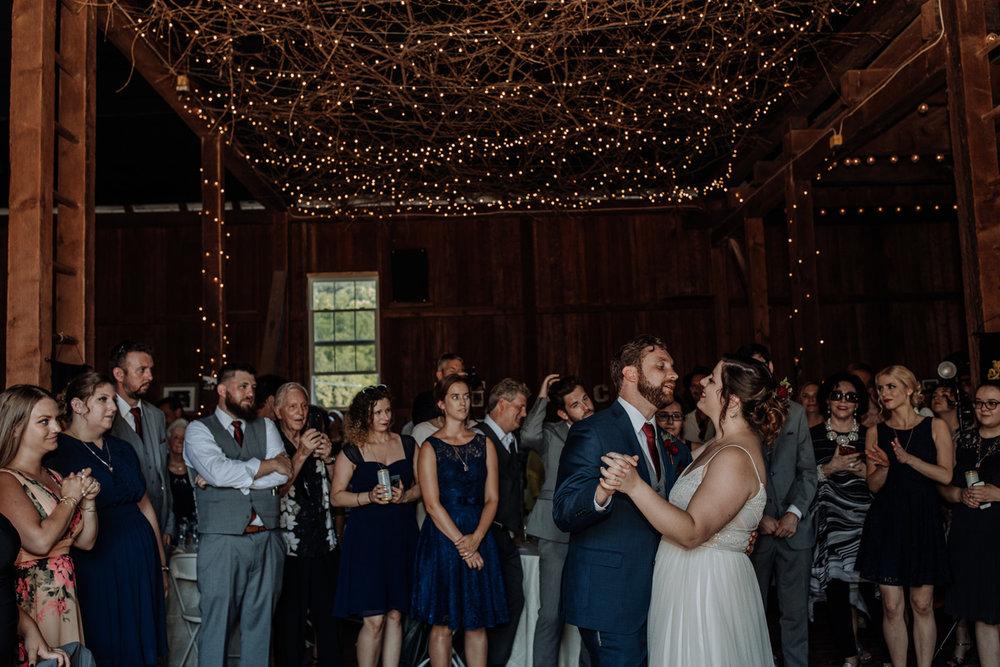 lehigh-valley-wedding-photographers-the-grove-at-kempton-reception
