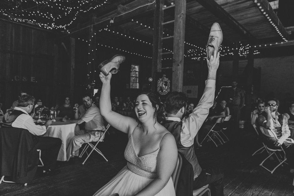 the-grove-at-kempton-wedding-reception-photography-5