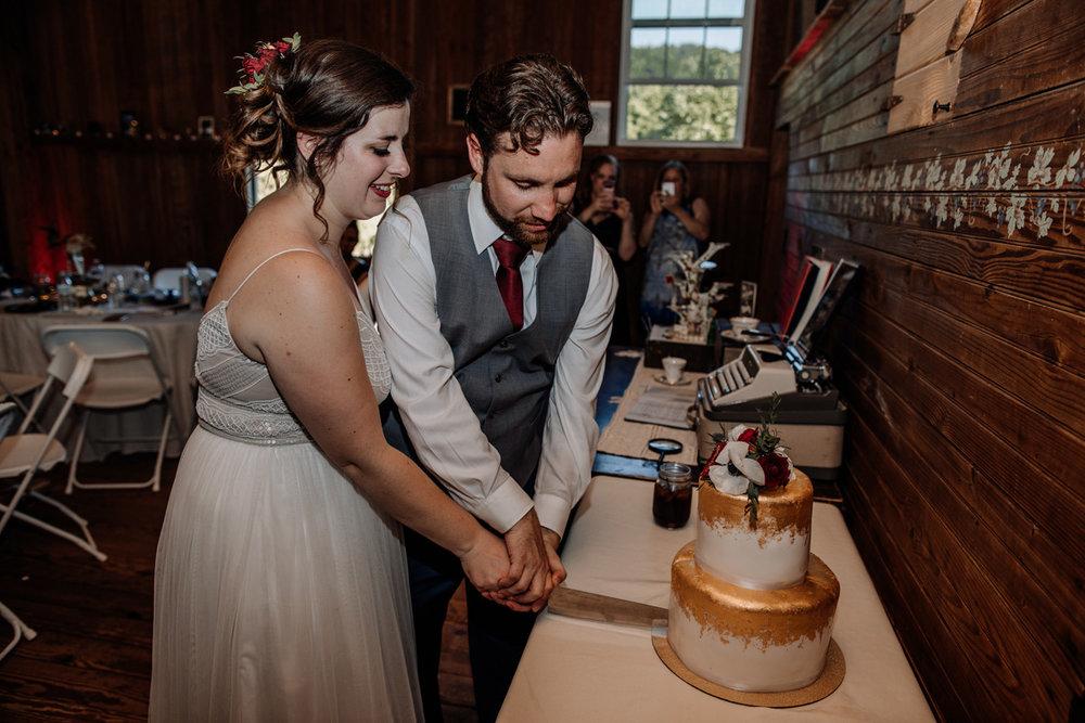 the-grove-at-kempton-wedding-reception-photography-35