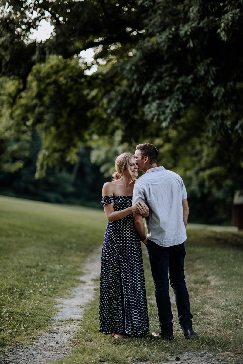 nazareth-borough-park-lehigh-valley-engagement-photography-2