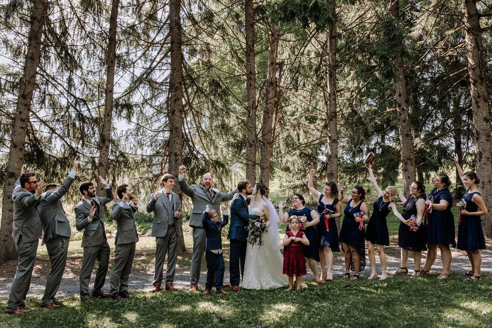 lehigh-valley-wedding-photographers-the-grove-at-kempton-party-portrait