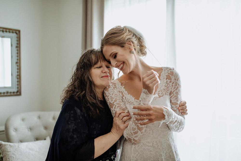 lehigh-valley-wedding-photographers-veil-dress-2