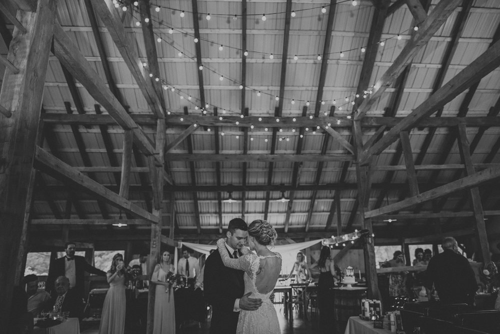 the-farm-bakery-and-events-kutztown-wedding-dance