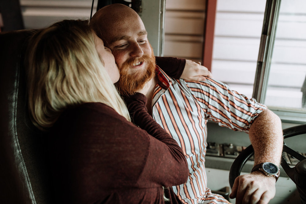 lancaster-engagement-photography-drive-in-movie-theater-5