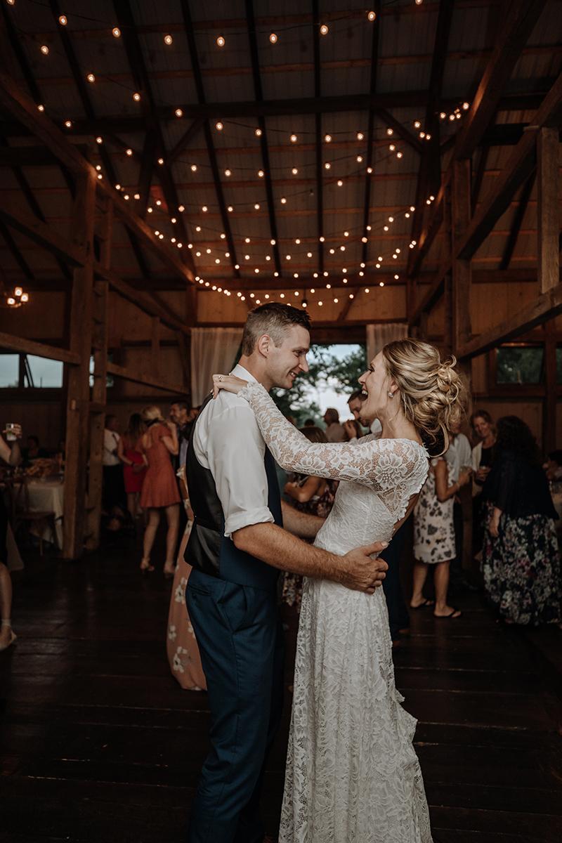 the-farm-bakery-and-events-reception-barn-wedding