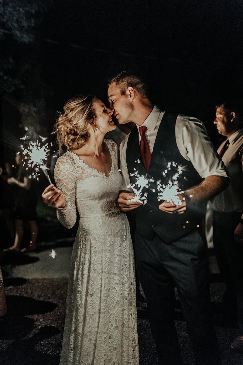 traveling-wedding-photographer-bride-and-groom-photos