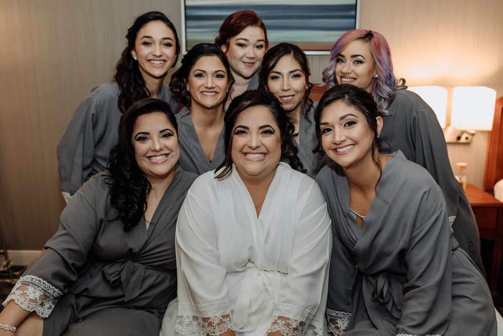 new-jersey-comfort-suites-wedding-photography-bridal-party