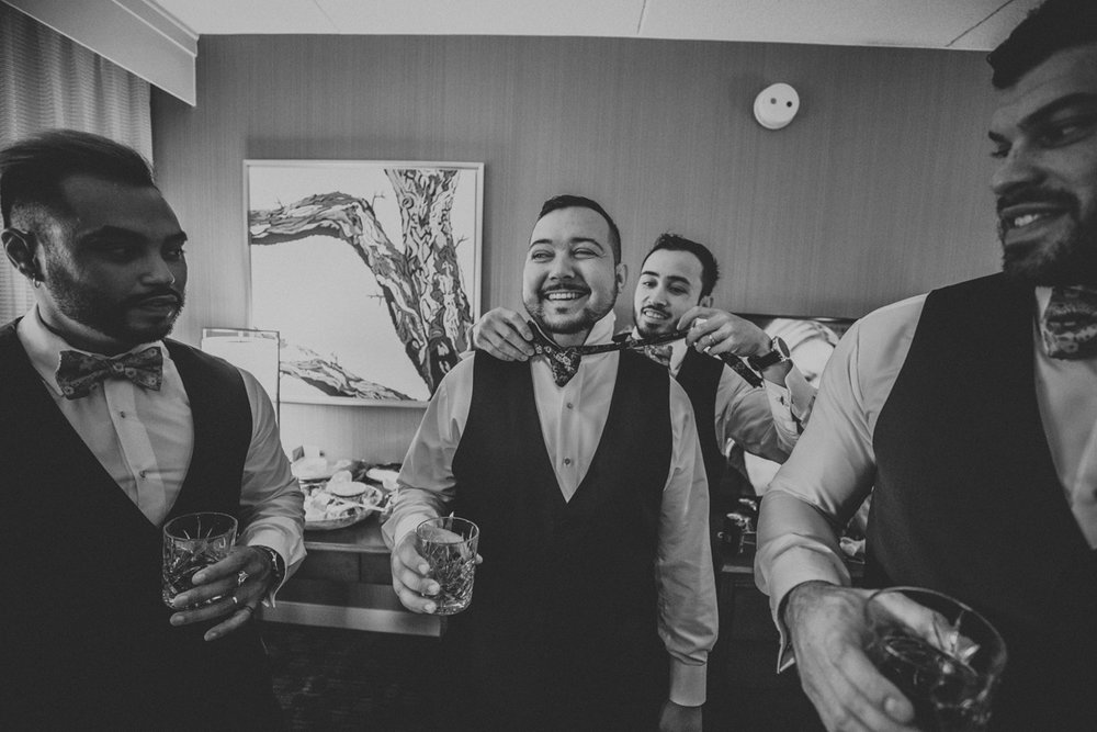 new-jersey-wedding-photography-groom-getting-ready-4