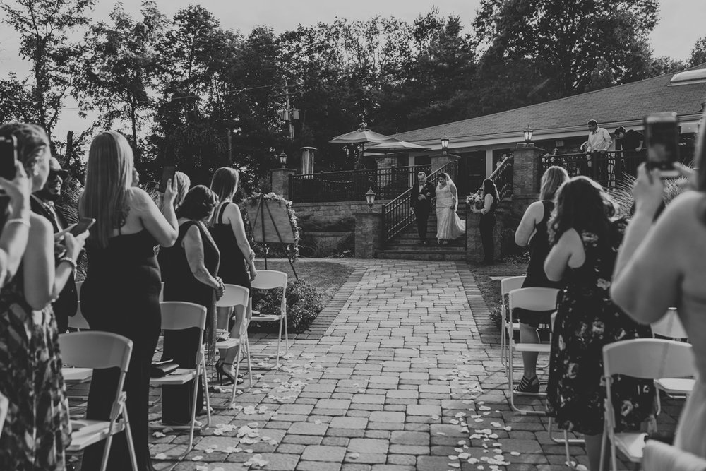 the-forest-lodge-wedding-ceremony-photographer