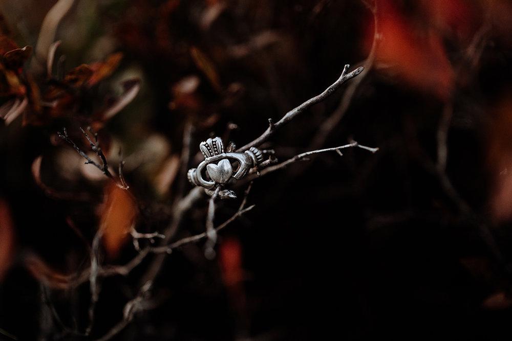 irish-tradition-claddagh-mens-engagement-ring