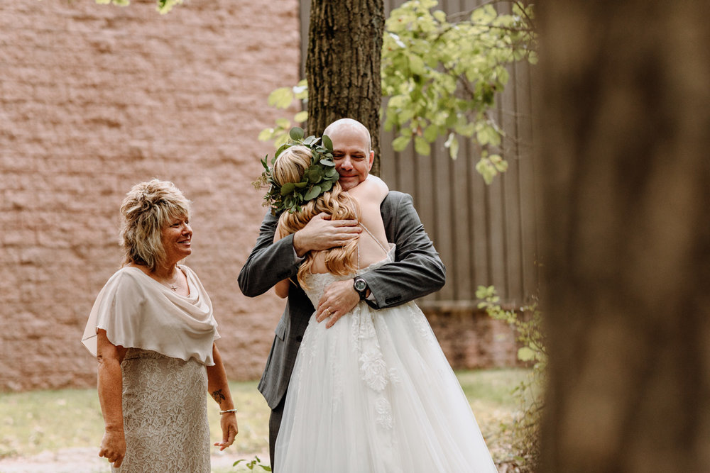 lancaster-wedding-photography-bride-first-look-dad