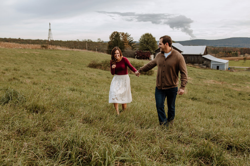 lehigh-valley-farm-engagement-photography