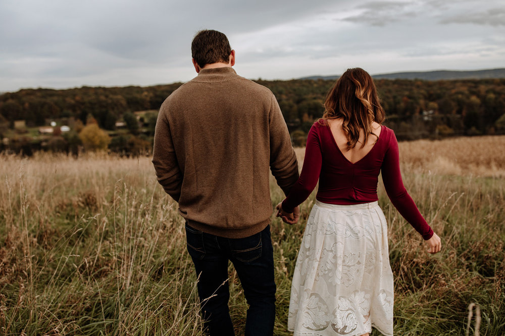 lehigh-valley-farm-engagement-photography-9