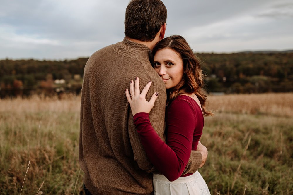 lehigh-valley-farm-engagement-photography-10
