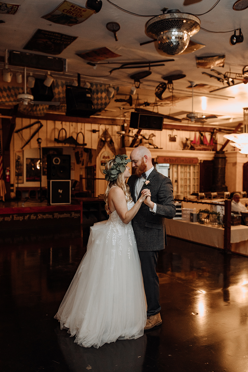 stouds-black-angus-brewery-adamstown-pa-wedding-photography