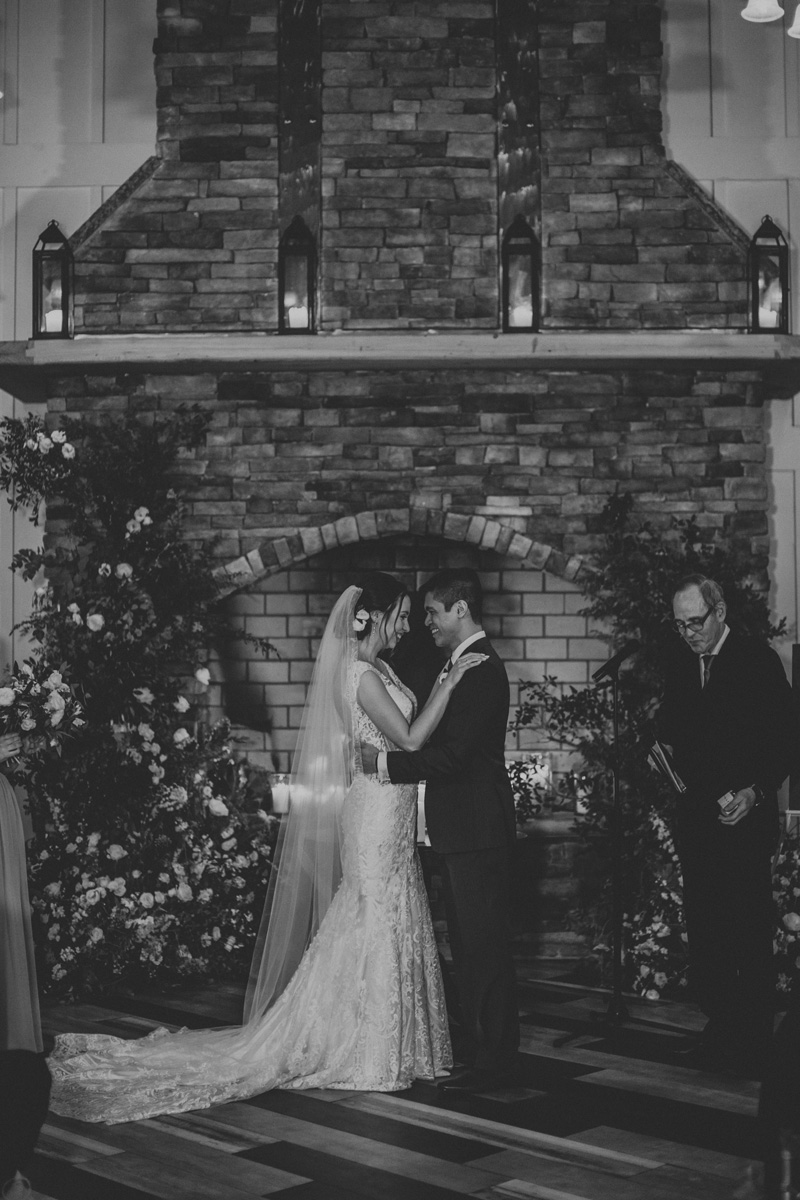 the-ryland-inn-coach-house-winter-ceremony