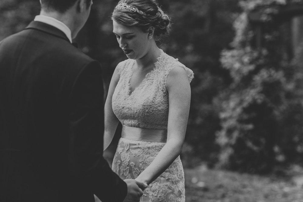 grandview-vineyard-first-look-wedding-10
