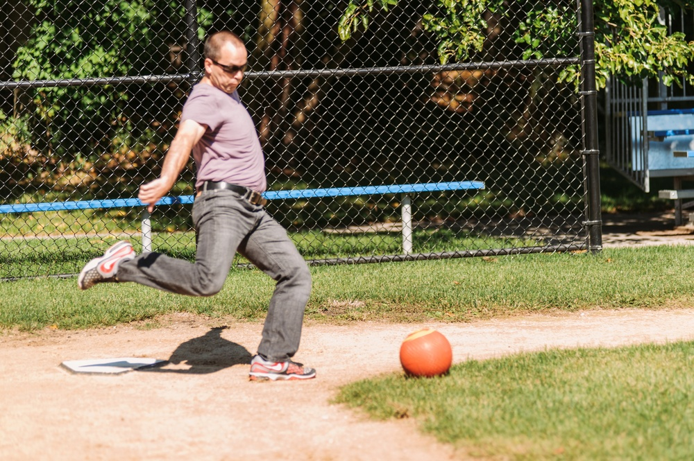 If you've ever wondered how men should play kickball, Dan Henderlight put on a clinic.