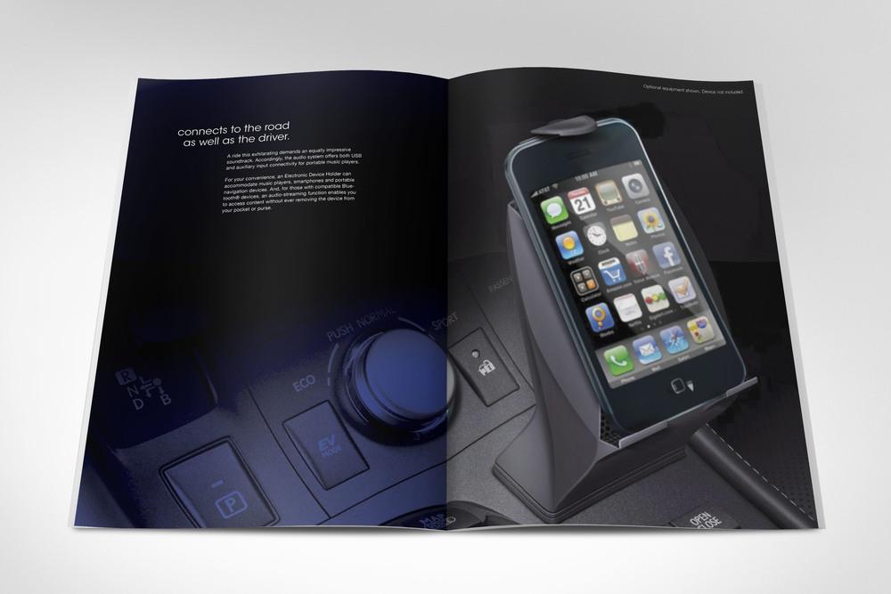 LEXUS_brochure_mockup_20.jpg