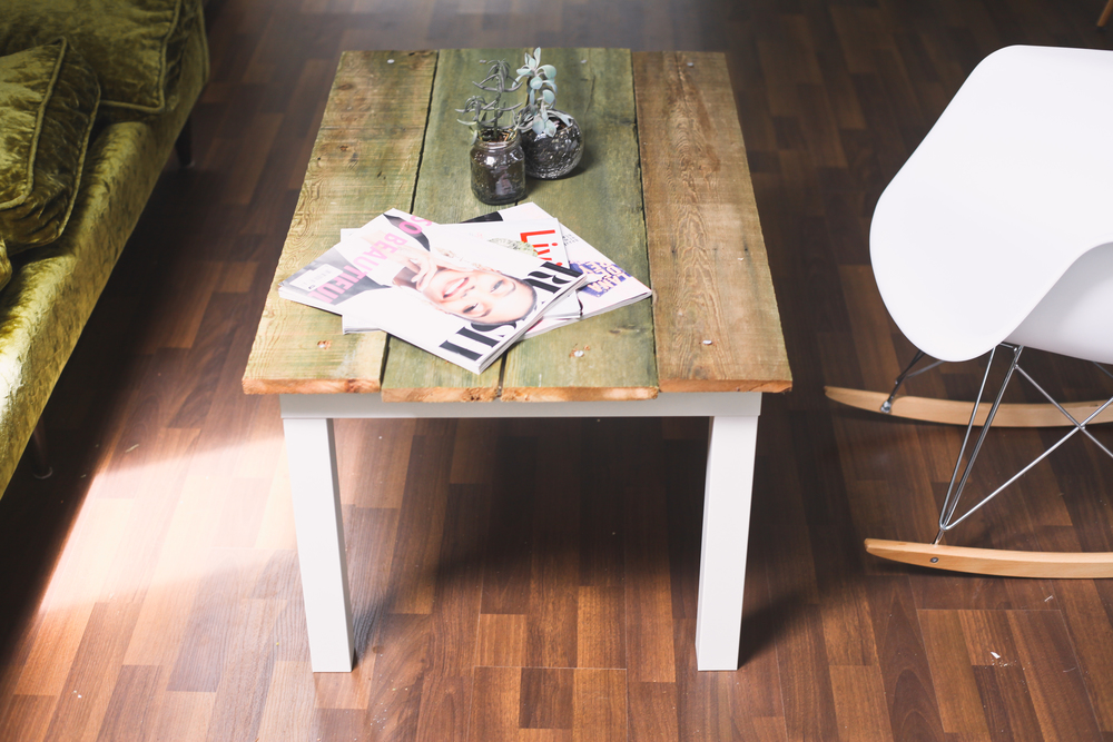 ikea hacks 3 easy steps to create your own ikea coffee table treasures travels. Black Bedroom Furniture Sets. Home Design Ideas