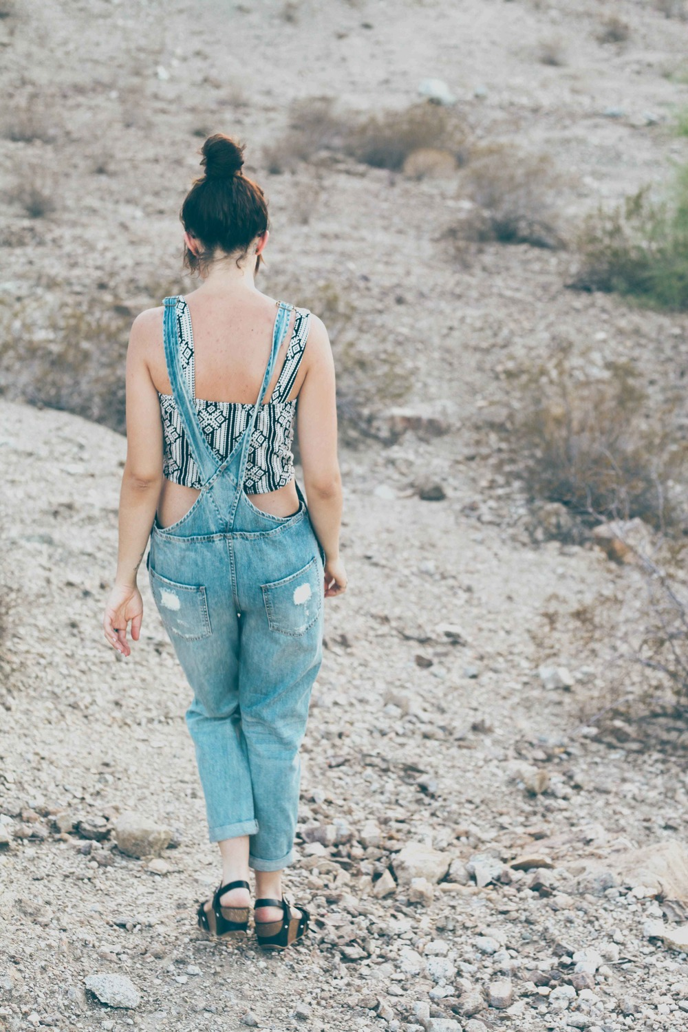summer_desert_overalls_style_fashion_treasuresandtravels-12.jpg