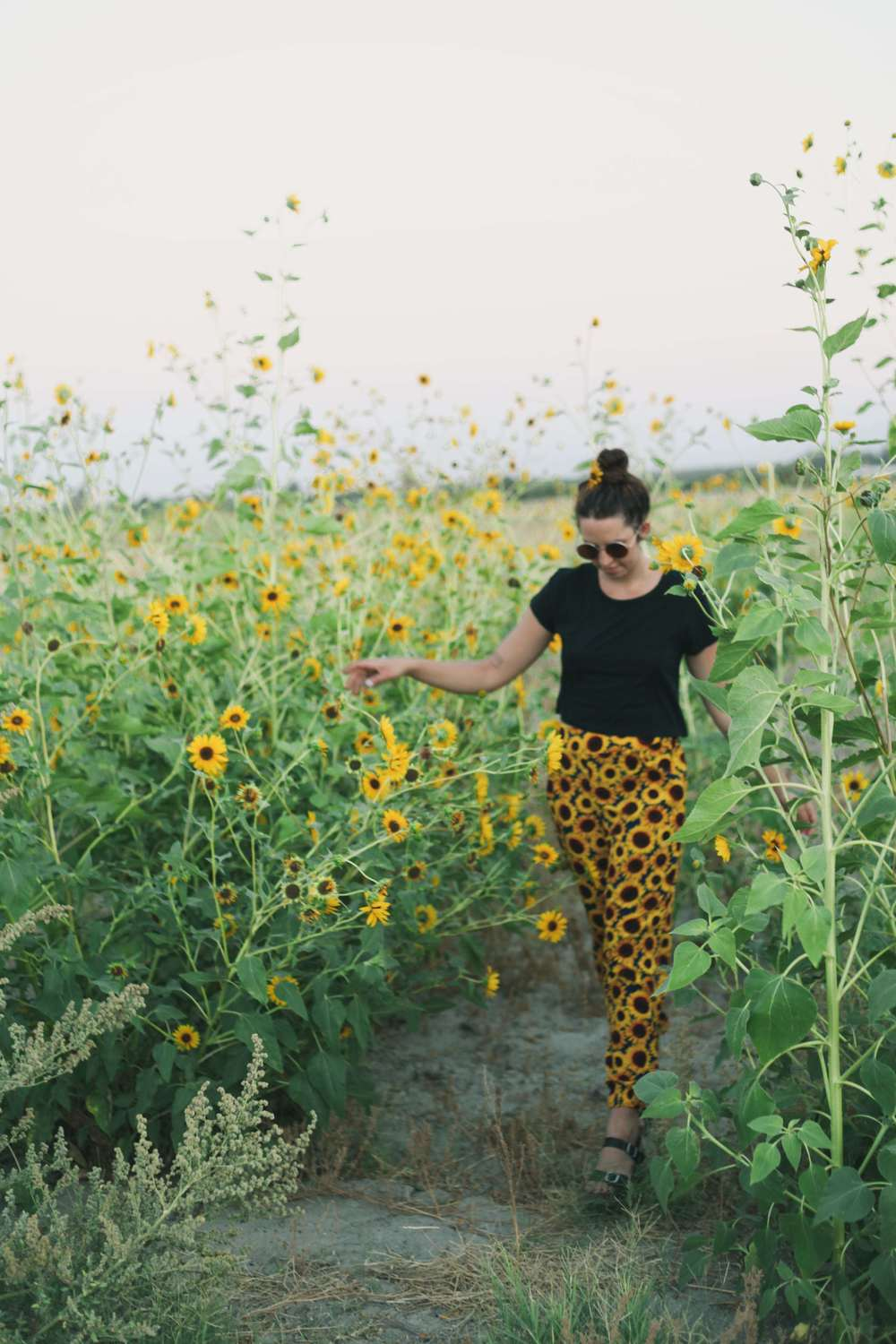 summer_desert_sunflowers_style_fashion_treasuresandtravels-22.jpg
