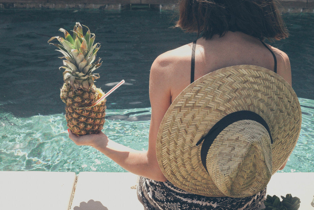 summer_mimosas_by_the_pool_pineapple_watermelon-36.jpg