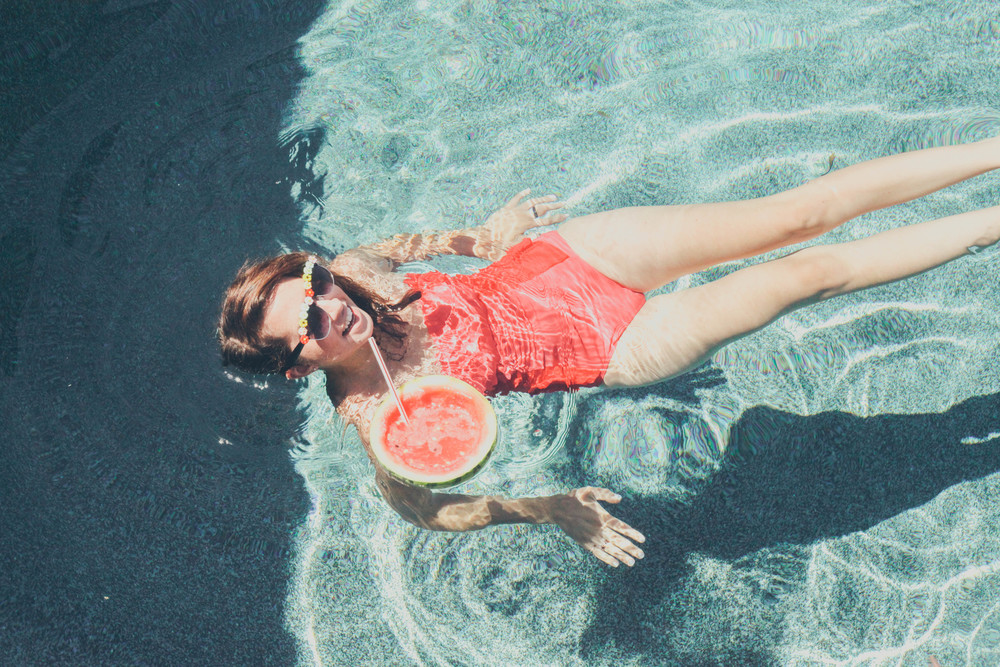summer_mimosas_by_the_pool_pineapple_watermelon-16.jpg