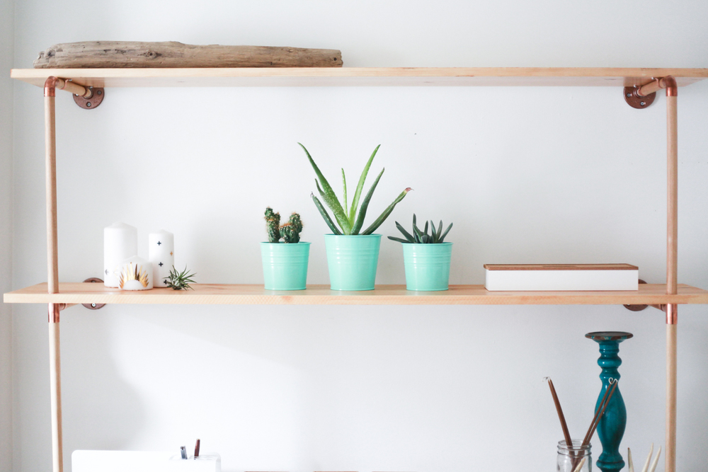 DIY Copper Wood Shelf