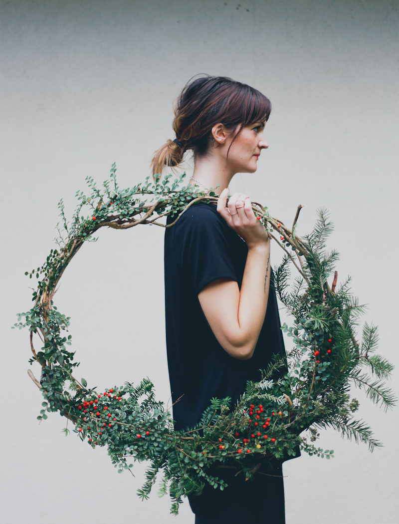DIY Holiday Wreath Read >