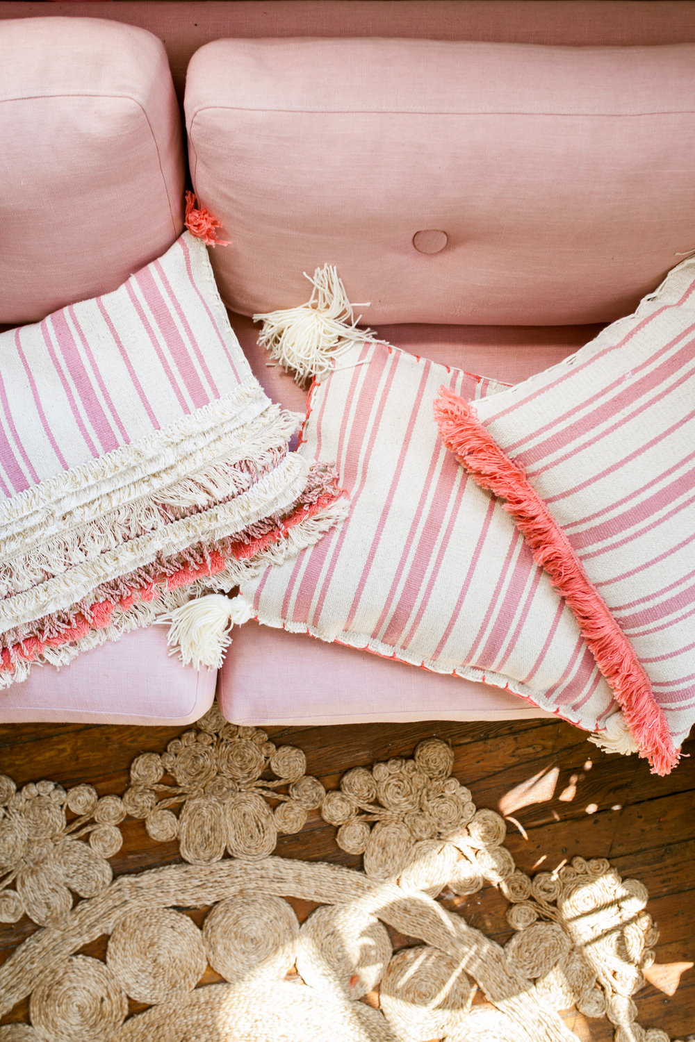 Ikea Hack 3 Diy Pillows With Outdoor Rug Treasures Travels