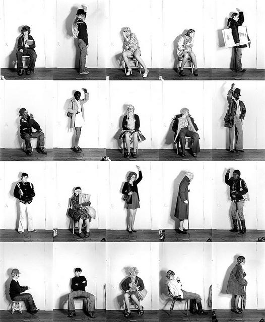 """*   Bus Riders    är namnet på en av Cindy Shermans första fotografiska serier. Verket återspeglar på många sätt den rätt dynamiska sammansättning personligheter som är delaktiga i nätverket. (Bild: från serien """"Bus Riders"""")"""
