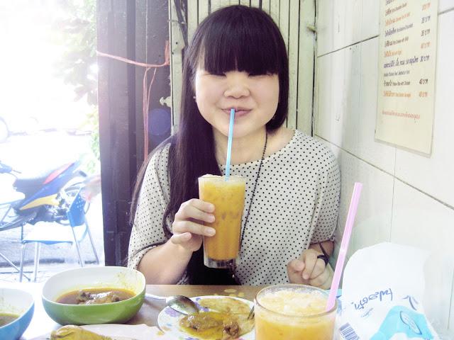 designanidotnet_foodinbangkok19.jpg