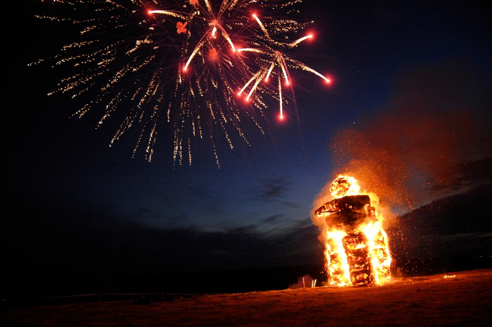 Ward Hill Jubilee Beacon.jpg