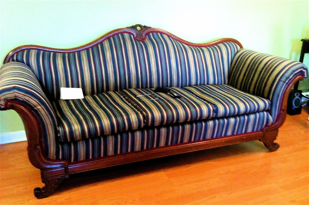 Deco-Empire Maple Sofa
