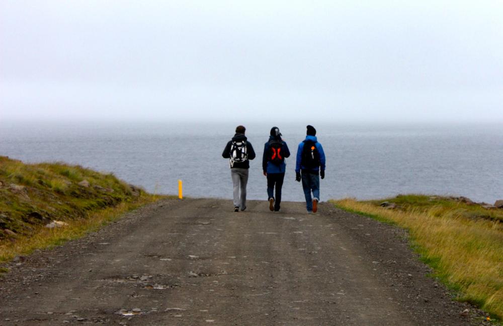 BTTN-friends-traveling