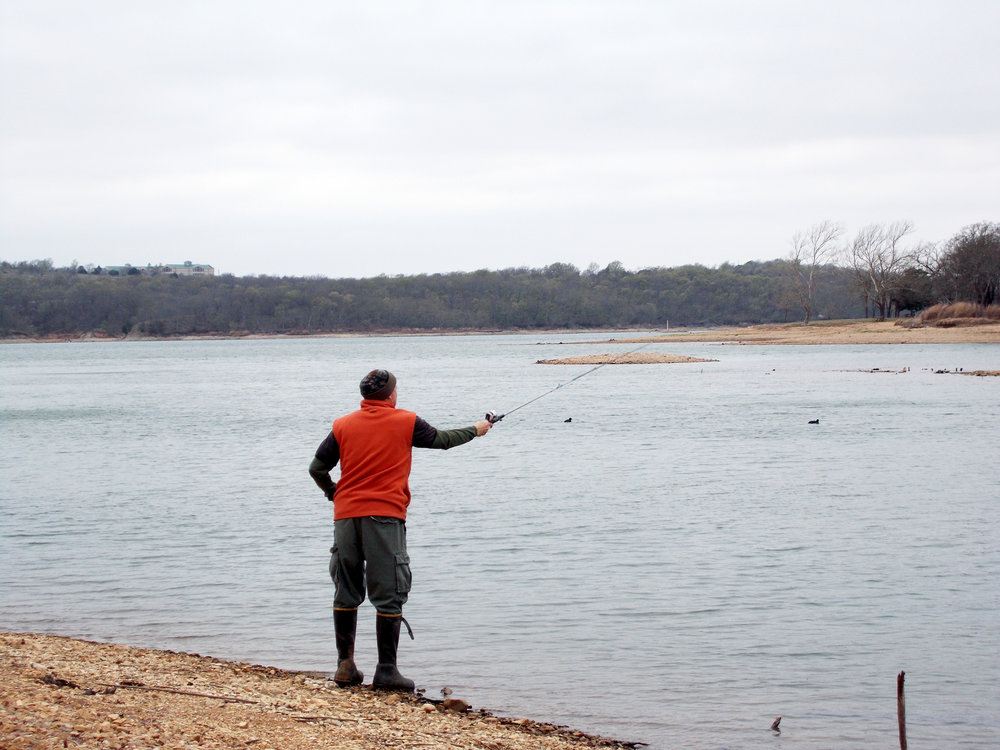 dad fishing.jpg