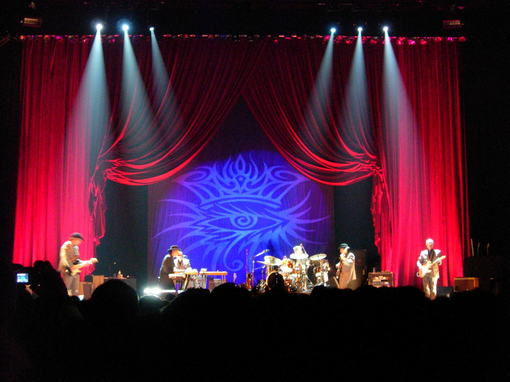 Bob_Dylan_Bologna_Nov_05_concert.jpg