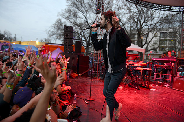 sxsw-2015-passion-pit-spotify-billboard-650.jpg